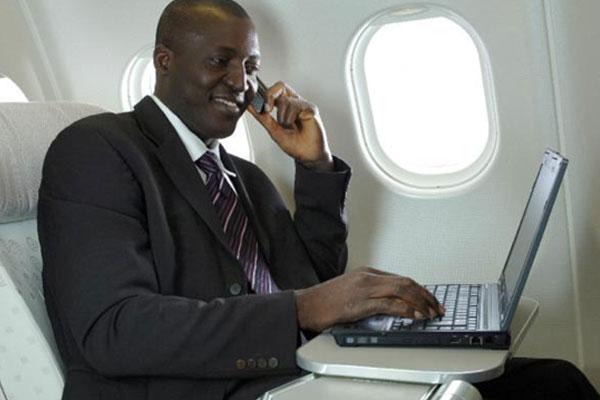 صحبت با موبایل در هواپیما,اینترنت موبایل در هواپیما,حالت پرواز موبایل